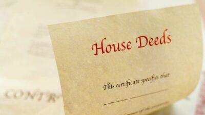 Do Unrecorded Deeds Help or Hurt Estate Planning?