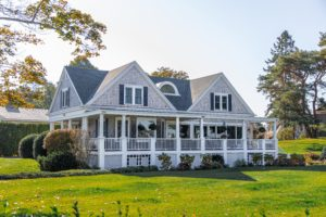 Can I Add Real Estate Investments in My Will?